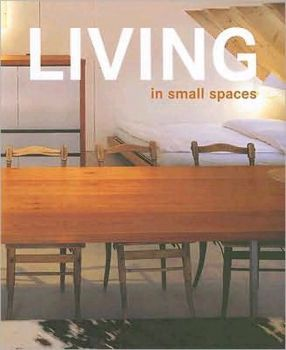LIVING IN SMALL SPACES. (Cristian Campos, Soley